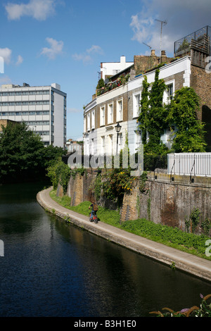 Lyme Terrace above the Regents Canal at Camden Town, London - Stock Photo
