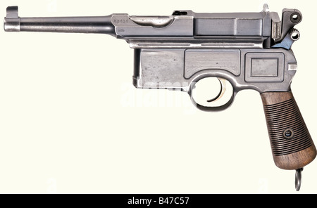 A Mauser Bolo 'Late 6-shot Small Hammer', fixed sight, without groove for shoulder stock, calibre 7.63 mm, no. 43636. - Stock Photo