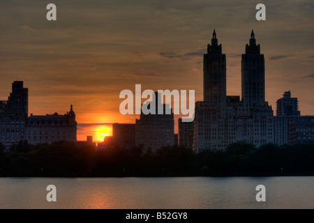 Central Park at sunset on the upper west side - Stock Photo