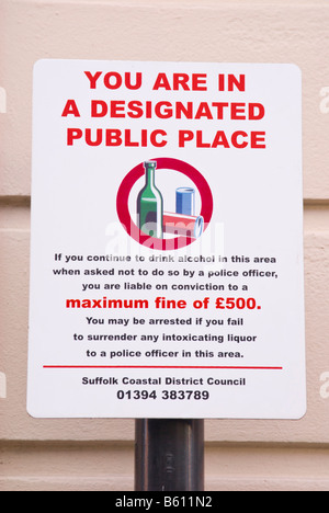 Sign warning of drinking alcohol in  designated public place in the steet stating you are liable to a fine of £500 - Stock Photo