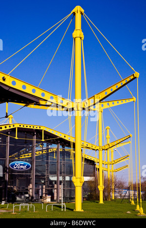 Yellow Spectrum Building designed by Sir Norman Foster in Swindon, Wiltshire, England, UK, formerly Renault now - Stock Photo