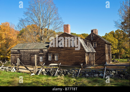 Hartwell Tavern along Battle Road Trail, Massachusetts - Stock Photo