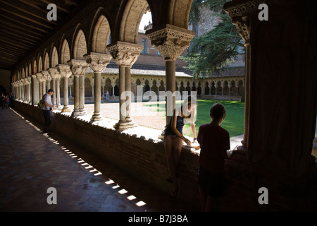 The cloister of the Saint Pierre abbey in Moissac, France. - Stock Photo