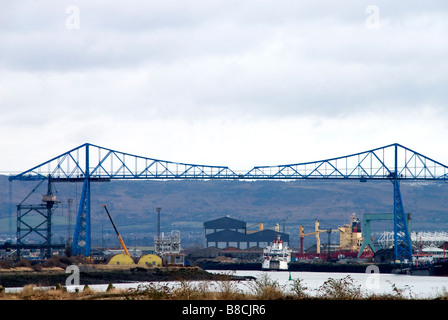 Transporter bridge over River Tees, Middlesbrough, Teesside from North shore - Stock Photo