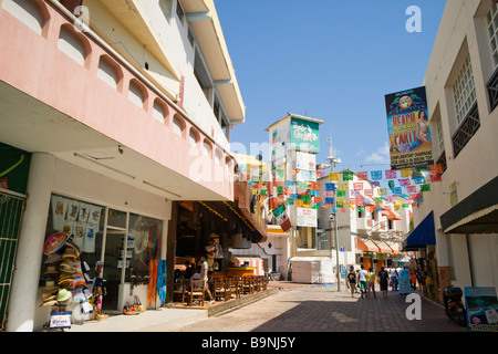 Mexico Yucatan - Cancun zona hotelara or hotel zone main centre near the Forum shopping mall market area - Stock Photo