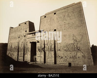 geography / travel, Egypt, Edfu, temple of Horus, Pylon, view, photograph by Gabriel Lekegian and Co., circa 1890, - Stock Photo
