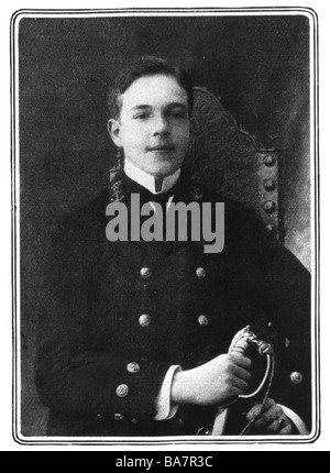 Manuel II, 15.11.1889 - 2.7.1932, King of Portugal 1.2.1908 - 5.10.1910, half length after photo, 1908, Additional - Stock Photo