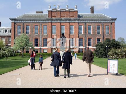 Kensington Palace London - Stock Photo