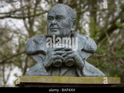Bust of Sir Peter Scott founder of the Wildlife and Wetlands Trust at Martin Mere WWT in Lancashire - Stock Photo