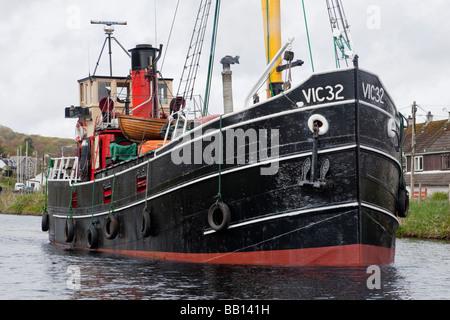 S. L. VIC 32 on the Crinan Canal at Ardrishaig - Stock Photo