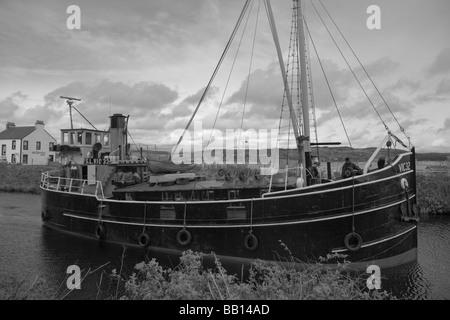 S. L. VIC 32 on the Crinan Canal at Ardrishaig, black and white - Stock Photo