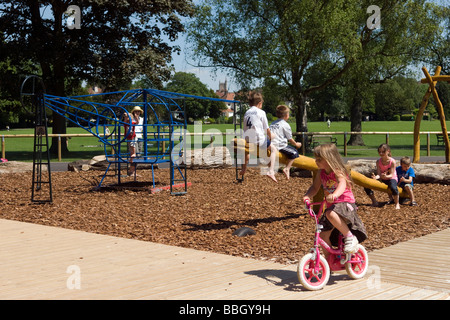 Summer weekend in the park - Stock Photo