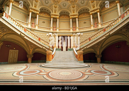 Bucharest's Romanian Athenaeum Concert Hall in neoclassical style - Stock Photo