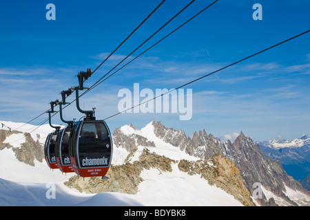 Cable car between Aiguille du Midi and Punta Helbronner, Funivie Monte Bianco, Mont Blanc Funicular, Mont Blanc - Stock Photo