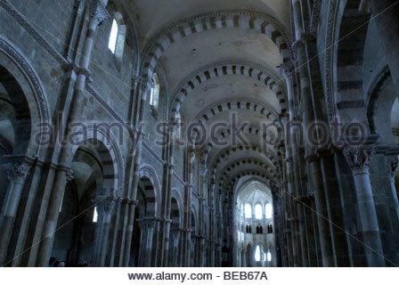 France, Burgundy, Vezelay, nave of the basilica. - Stock Photo