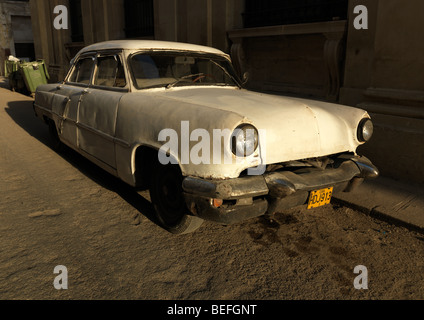 A white american historic car / Oldtimer in Havanna, Cuba, pictured on March 1, 2009. - Stock Photo