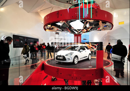 citroen ds3 car showroom in paris - Stock Photo