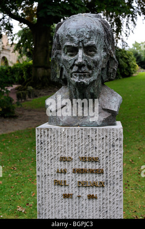 Bust of the surrealist painter Paul Delvaux in city park at Veurne / Furnes, West Flanders, Belgium - Stock Photo