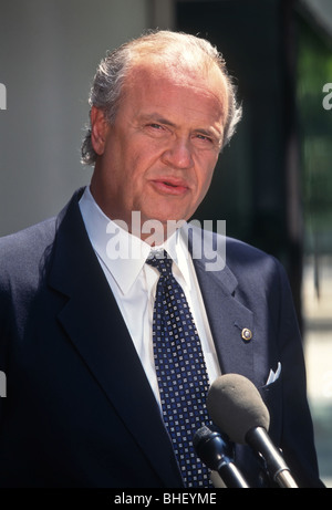 Senator Fred Thompson speaks after appearing on ABC TV This Week September 18, 1998 in Washington, DC. - Stock Photo