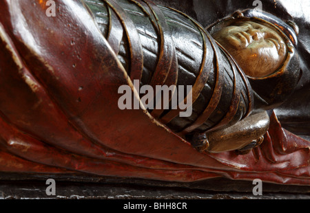 Swaddled infant effigy,part of Sir Alexander Denton and Anne Wilson`s tomb chest in Hereford Cathedral,Herefordshire,England. - Stock Photo