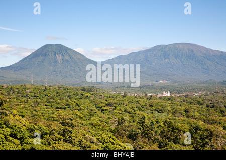 Coffee plantations around Juayua, Ruta de las Flores, El Salvador - Stock Photo