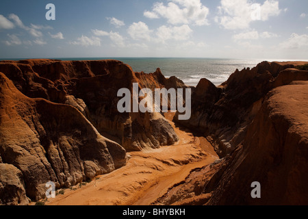 Morro Branco beach cliffs and labyrinths, Ceara State, Northeast Brazil. - Stock Photo