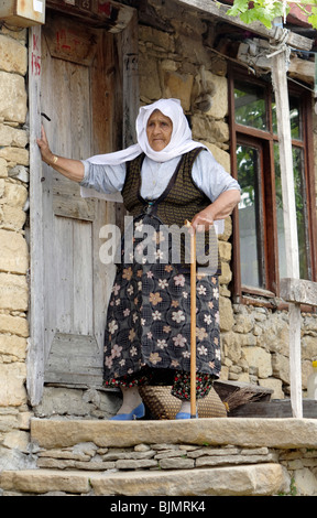 Old woman in the nomad village of Manavgat, Turkey - Stock Photo