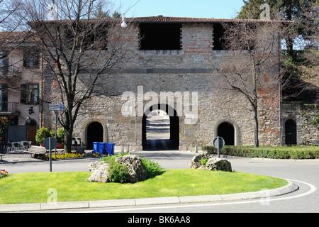 Venetian 16th century city gate Porta Sant'Alessandro, at Colle Aperto, Città Alta, Bergamo, Italy, Lombardy, Europe - Stock Photo
