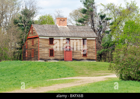 Historic Hartwell Tavern that sits on Battle Road in Minute Man National Historical Park, Concord Massachusetts - Stock Photo