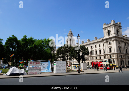 Democracy Village, Protest against war in Afghanistan, Parliament Square, London, England, UK - Stock Photo