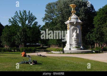 Berlin's central park at Tiergarten - Stock Photo