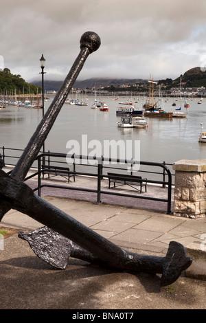 Wales, Gwynedd, Conway, River Conwy Quay, huge cast iron anchor - Stock Photo