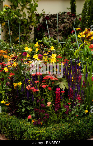 'Much Ado About Nothing' show garden at Hampton Court Flower Show 2010, London, United Kingdom - Stock Photo
