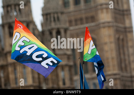 The anti-war protester Brian Haw continues his round-the-clock vigil outside Parliament - Stock Photo