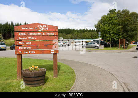 Falls of Shin visitor centre by the river shin near Lairg in the Scottish Highlands. - Stock Photo