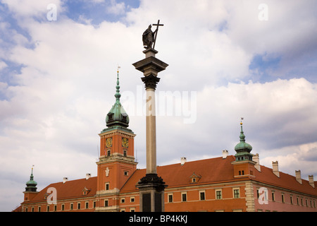 The Royal Castle and Zygmunt's Column, Warsaw Poland. It is located in the Castle Square, at the entrance to the - Stock Photo