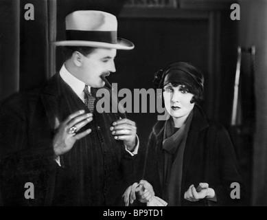 ACTORS NOT IDENTIFIABLE THE PLEASURE GARDEN (1925) - Stock Photo