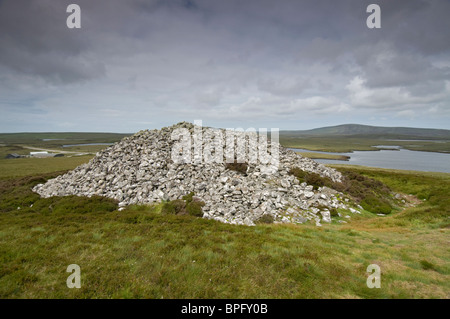 Barpa Langais ancient burial cairn on the Isle of North Uist, near Lochmaddy   SCO 6449 - Stock Photo
