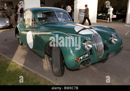 1956 Jaguar XK140. Raced at Le Mans in 1956 and seen here at the 2010 Goodwood Revival meeting, Sussex, England, - Stock Photo