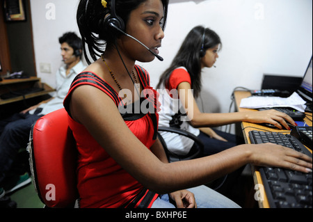 South Asia INDIA Kolkata Calcutta , young women work in call center calling US or UK customer - Stock Photo