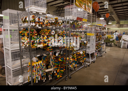 Bird toys and cages for sale - Stock Photo