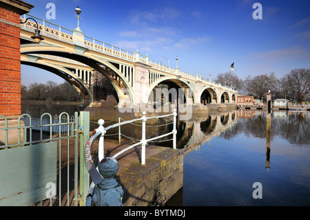 Richmond weir and footbridge ,Richmond on Thames ,London - Stock Photo