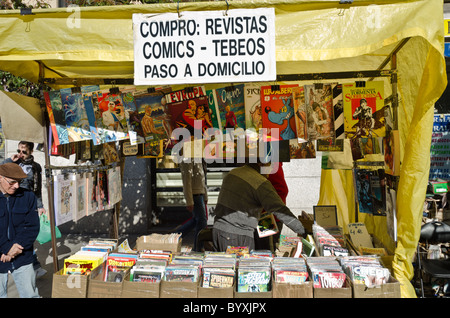 DVD and CD pirate copies for sale in the Rastro Market Madrid - Stock Photo