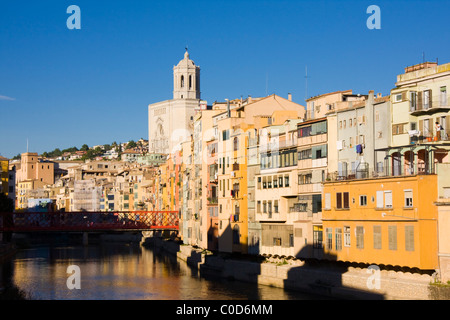 View downstream of Ria Onyar from Pont de Pedra (Catedral in distance), Girona, Spain, Autumn 2010 - Stock Photo