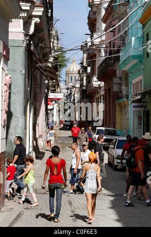 Street scene in Havann Viejo, People, shopping area, Havanna Cuba - Stock Photo