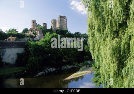 France, Allier, valley of Aumance, castle of Herisson, Bourbonnais - Stock Photo