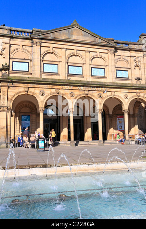Tourists enjoying refreshments outside York Art Gallery in Exhibition Square, York, North Yorkshire, England, UK - Stock Photo