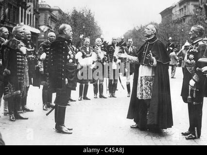 Cardinal Eugenio Pacelli as papal legate in Budapest, 1938 - Stock Photo
