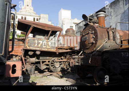 Rusty steam locomotives awaiting restoration, Havana, Cuba - Stock Photo