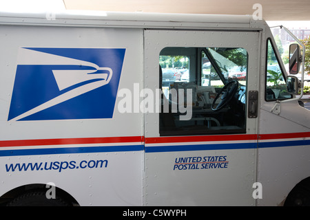 american usps united states postal service delivery and collection van nashville tennessee usa - Stock Photo